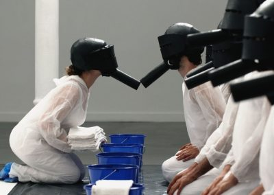 Helmet - River, performance view, 2015. Foto: Gil Bartz